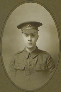 Charlie Dean (1897-15.Sept1916) Killed on the Somme aged 20 Photo.1915.  EW,5,  Archive.
