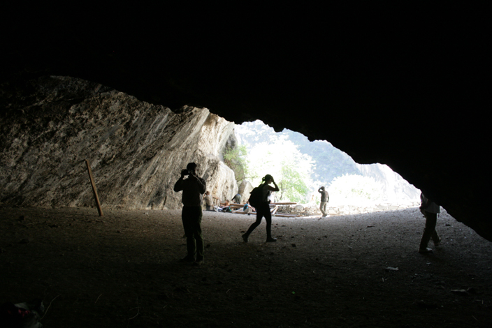 12 CHINA. 19 October 2012. Initial explorations of  the cave