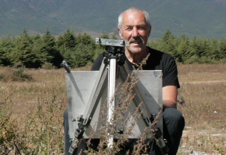 27 CHINA 2012 Rob at work in the Lijiang Basin. (2)  24 Octo