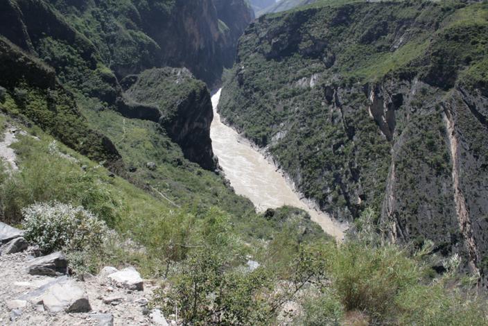 3 CHINA. 19 October 2012. Jinsha River,(3) Leaping Tiger Gor